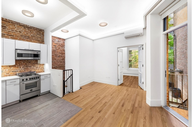 2 Bedrooms, Upper East Side Rental in NYC for $5,775 - Photo 1