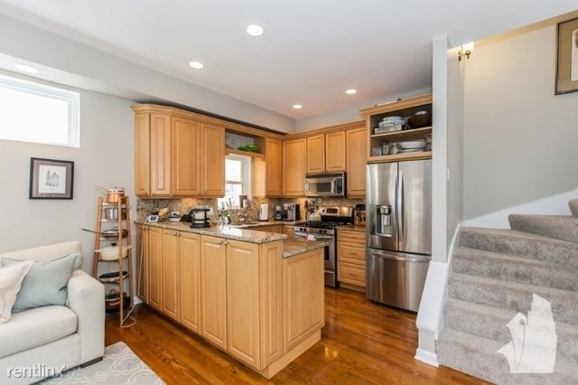 3 Bedrooms, Lathrop Rental in Chicago, IL for $3,750 - Photo 2
