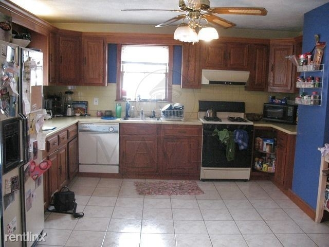 4 Bedrooms, Spring Hill Rental in Boston, MA for $4,100 - Photo 2