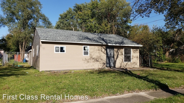 3 Bedrooms, Marshalltown Rental in Chicago, IL for $775 - Photo 2