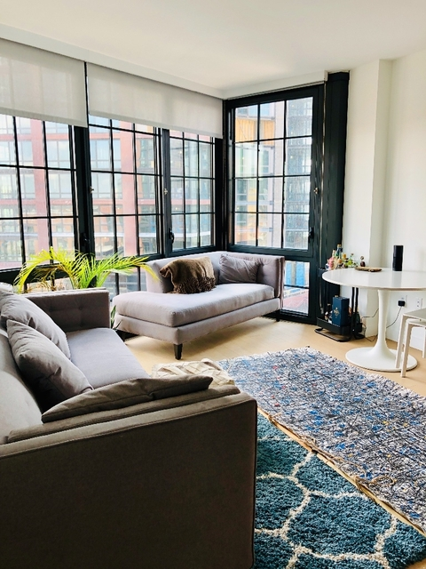 1 Bedroom, Greenpoint Rental in NYC for $3,452 - Photo 1