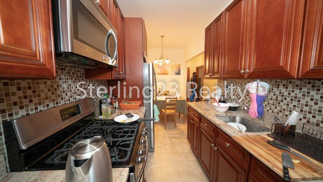 2 Bedrooms, Astoria Rental in NYC for $2,600 - Photo 1