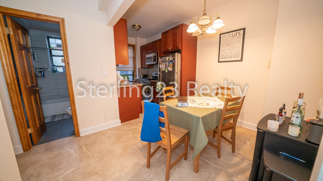 2 Bedrooms, Astoria Rental in NYC for $2,600 - Photo 2