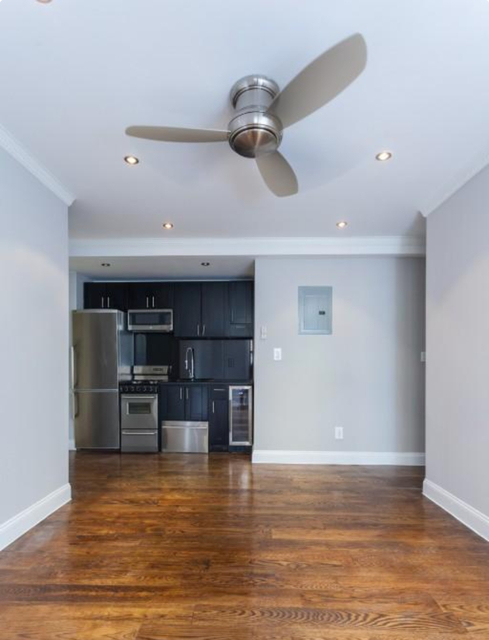 4 Bedrooms, Alphabet City Rental in NYC for $6,995 - Photo 2