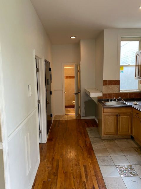 3 Bedrooms, East Harlem Rental in NYC for $2,200 - Photo 2