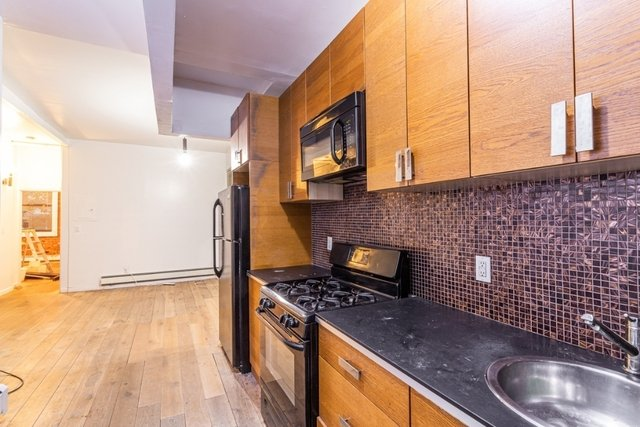 3 Bedrooms, Alphabet City Rental in NYC for $3,988 - Photo 1
