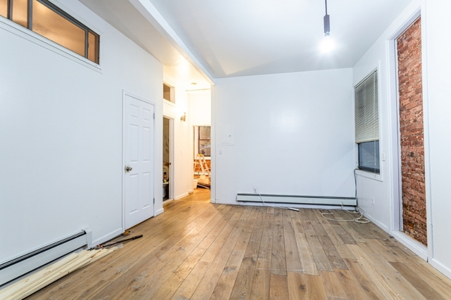 3 Bedrooms, Alphabet City Rental in NYC for $3,988 - Photo 2
