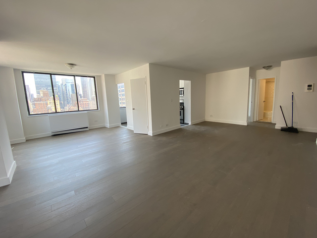 2 Bedrooms, Rose Hill Rental in NYC for $5,380 - Photo 2