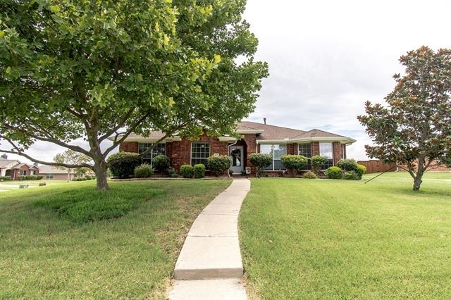 3 Bedrooms, The Ranch Rental in Dallas for $2,000 - Photo 1