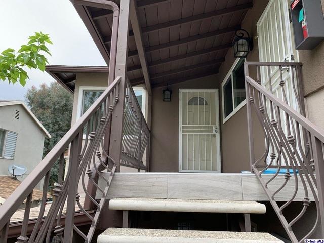 1 Bedroom, Sherman Oaks Rental in Los Angeles, CA for $2,100 - Photo 2