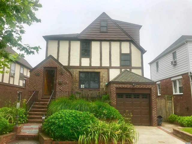 4 Bedrooms, East End South Rental in Long Island, NY for $4,000 - Photo 1