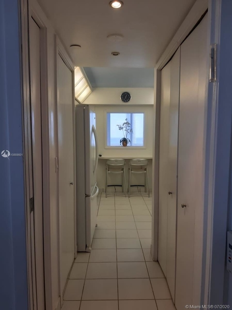 2 Bedrooms, Biscayne Yacht & Country Club Rental in Miami, FL for $3,450 - Photo 2