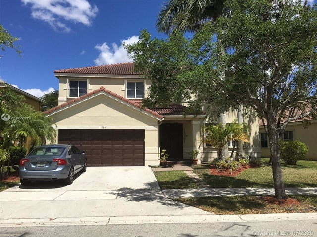 5 Bedrooms, Weston Rental in Miami, FL for $4,200 - Photo 2