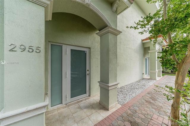 2 Bedrooms, Northeast Coconut Grove Rental in Miami, FL for $2,650 - Photo 2