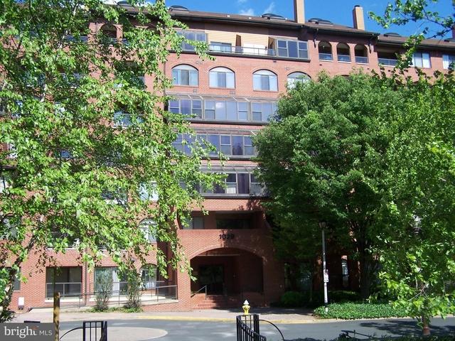 2 Bedrooms, Ballston - Virginia Square Rental in Washington, DC for $2,395 - Photo 1