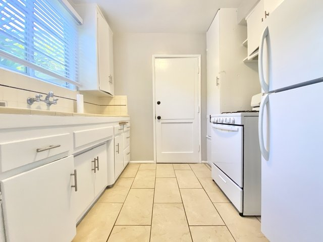 1 Bedroom, Whitley Heights Rental in Los Angeles, CA for $1,895 - Photo 1