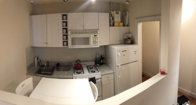 2 Bedrooms, West Village Rental in NYC for $4,030 - Photo 2