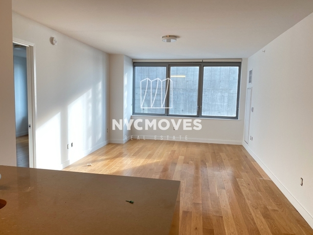 2 Bedrooms, Hell's Kitchen Rental in NYC for $4,721 - Photo 2