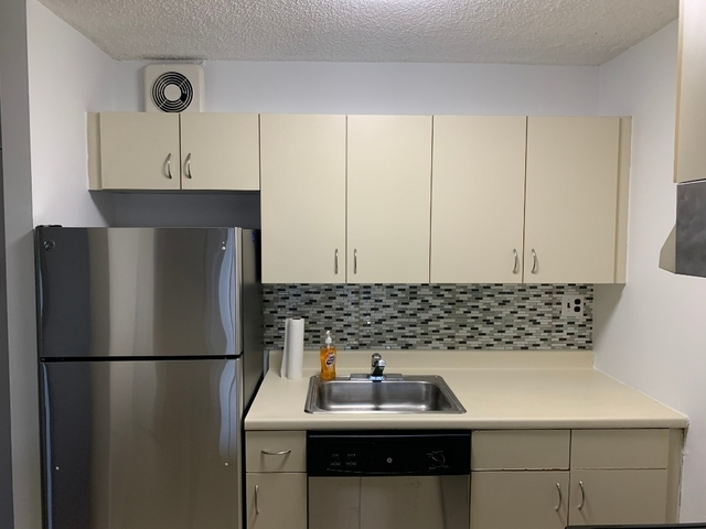 1 Bedroom, Astoria Rental in NYC for $2,300 - Photo 1