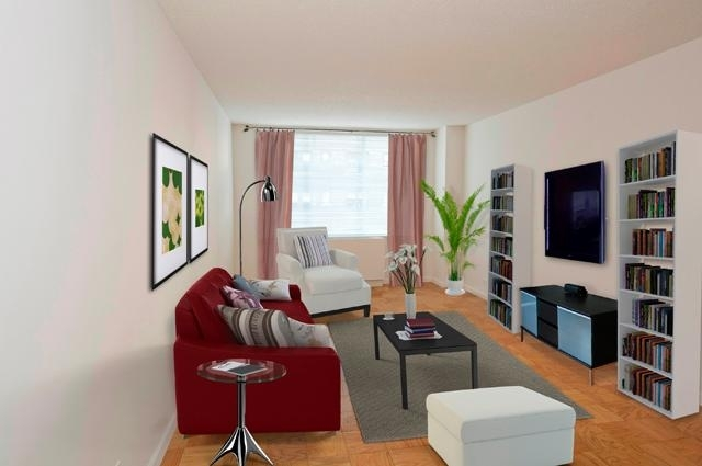 1 Bedroom, Sutton Place Rental in NYC for $3,112 - Photo 1
