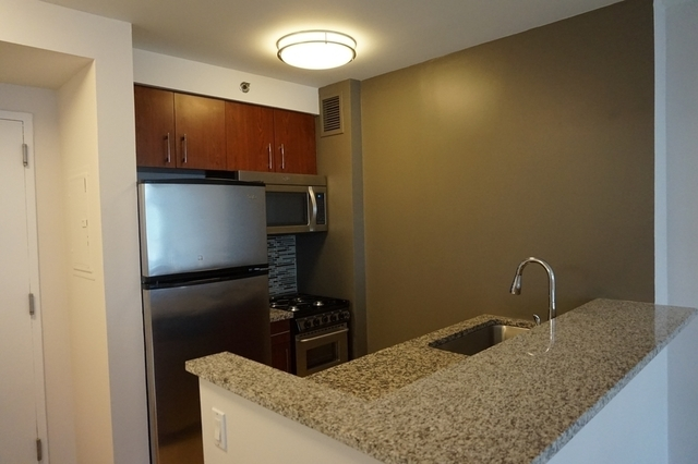 Studio, Chelsea Rental in NYC for $3,144 - Photo 2