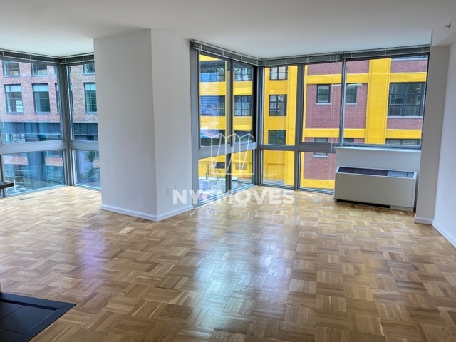 2 Bedrooms, Hell's Kitchen Rental in NYC for $4,963 - Photo 2