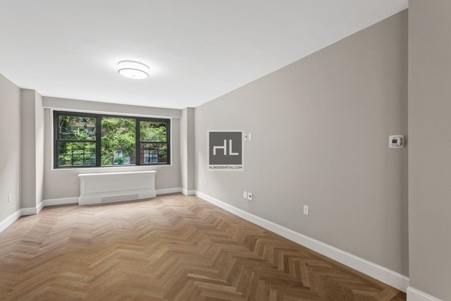 1 Bedroom, Yorkville Rental in NYC for $4,750 - Photo 2