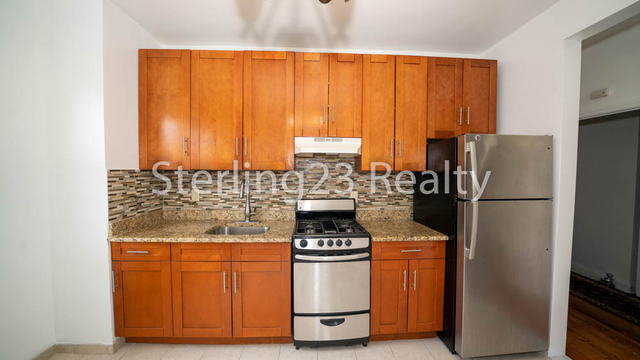 2 Bedrooms, Astoria Heights Rental in NYC for $2,400 - Photo 1