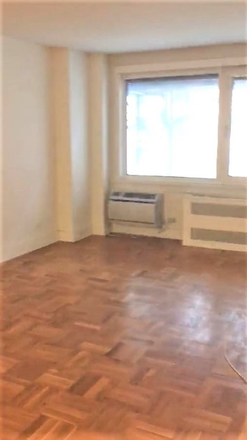 1 Bedroom, Chelsea Rental in NYC for $2,496 - Photo 2