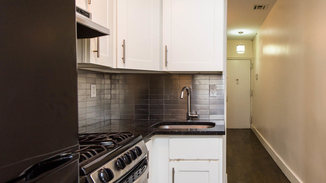 3 Bedrooms, Downtown West Rental in Minneapolis-St. Paul, MN for $3,400 - Photo 2
