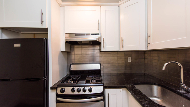3 Bedrooms, Downtown West Rental in Minneapolis-St. Paul, MN for $3,400 - Photo 1