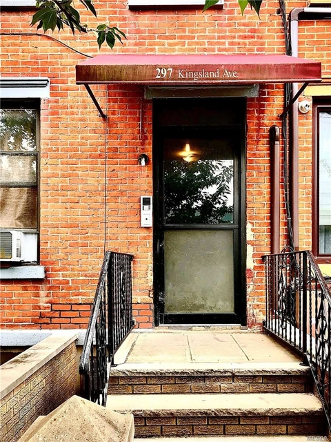 3 Bedrooms, Greenpoint Rental in NYC for $3,475 - Photo 2
