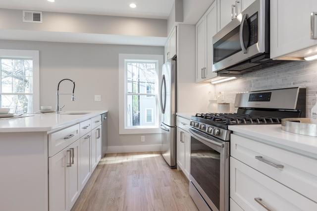 2 Bedrooms, Central Maverick Square - Paris Street Rental in Boston, MA for $2,995 - Photo 2