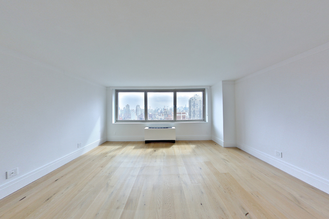 3 Bedrooms, Yorkville Rental in NYC for $10,313 - Photo 2