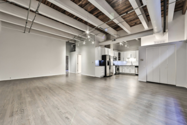 2 Bedrooms, Fulton Market Rental in Chicago, IL for $3,500 - Photo 1