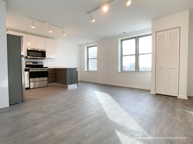 1 Bedroom, Margate Park Rental in Chicago, IL for $1,400 - Photo 2