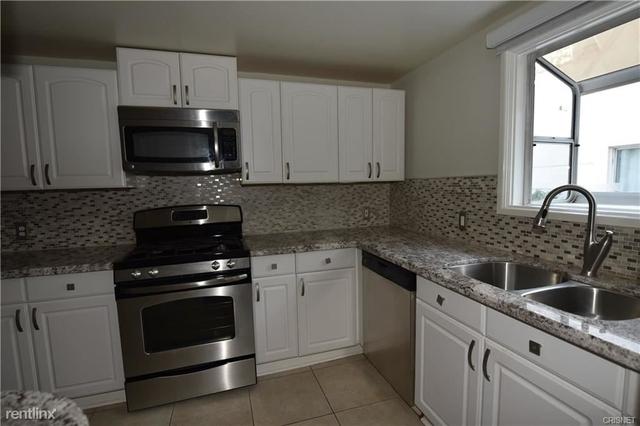2 Bedrooms, Sherman Oaks Rental in Los Angeles, CA for $3,500 - Photo 2