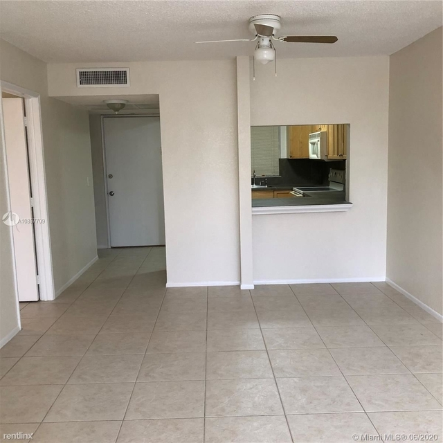 1 Bedroom, Pine Island Ridge Rental in Miami, FL for $1,300 - Photo 2