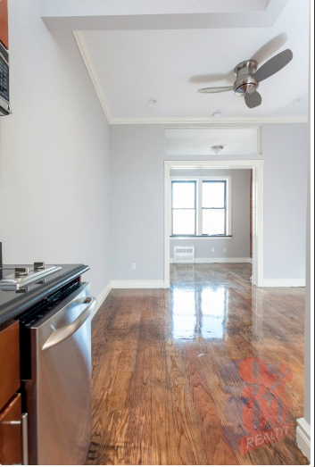 1 Bedroom, West Village Rental in NYC for $3,204 - Photo 2