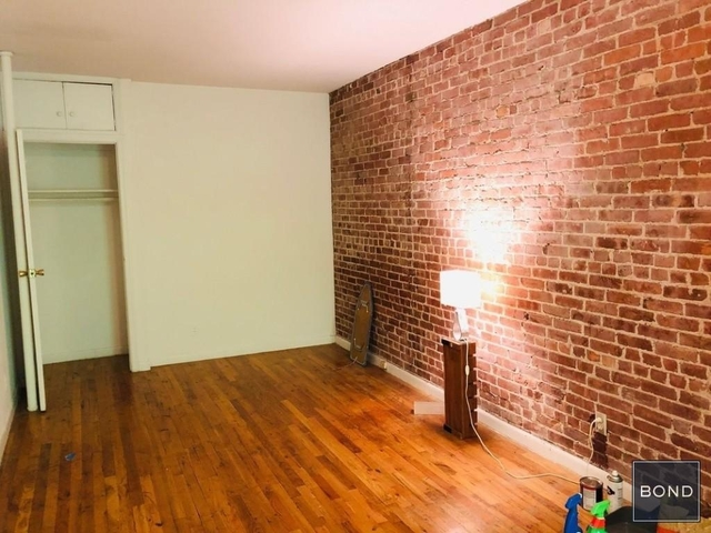 Studio, Yorkville Rental in NYC for $1,742 - Photo 2
