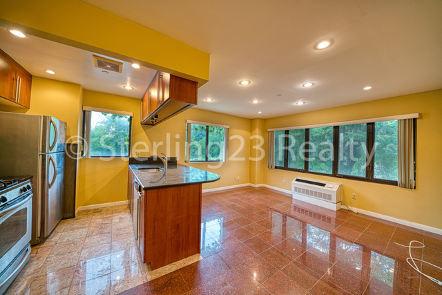 2 Bedrooms, Astoria Rental in NYC for $2,790 - Photo 1