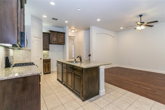 3 Bedrooms, North Arlington Rental in Dallas for $2,600 - Photo 2
