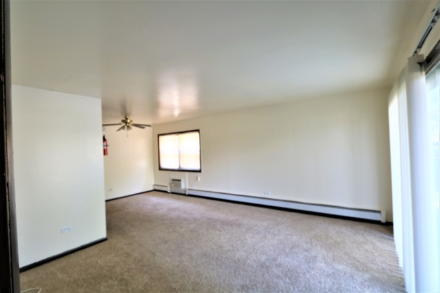 1 Bedroom, Dolton Rental in Chicago, IL for $850 - Photo 2