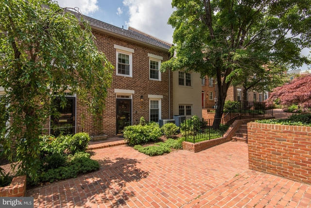 3 Bedrooms, Canal Way Rental in Washington, DC for $4,000 - Photo 1