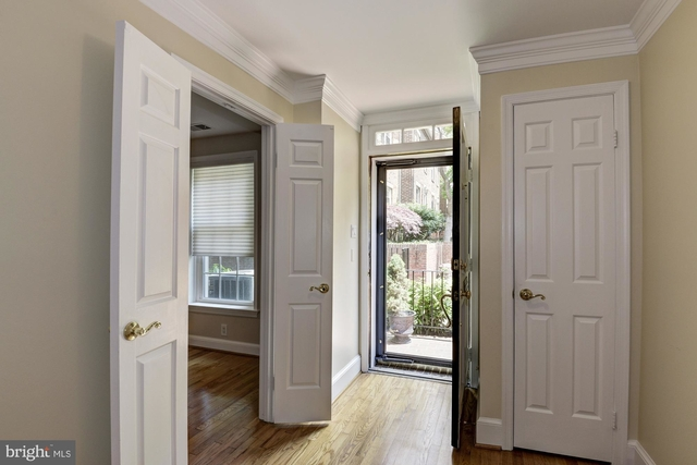 3 Bedrooms, Canal Way Rental in Washington, DC for $4,000 - Photo 2