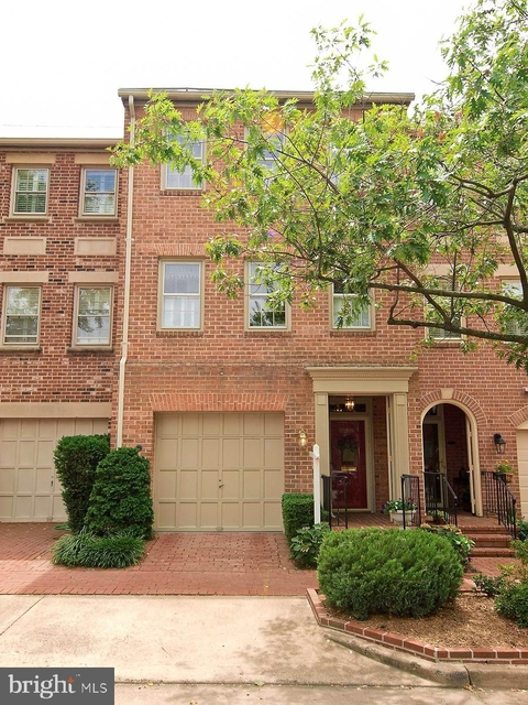 3 Bedrooms, Old Town Rental in Washington, DC for $4,500 - Photo 1