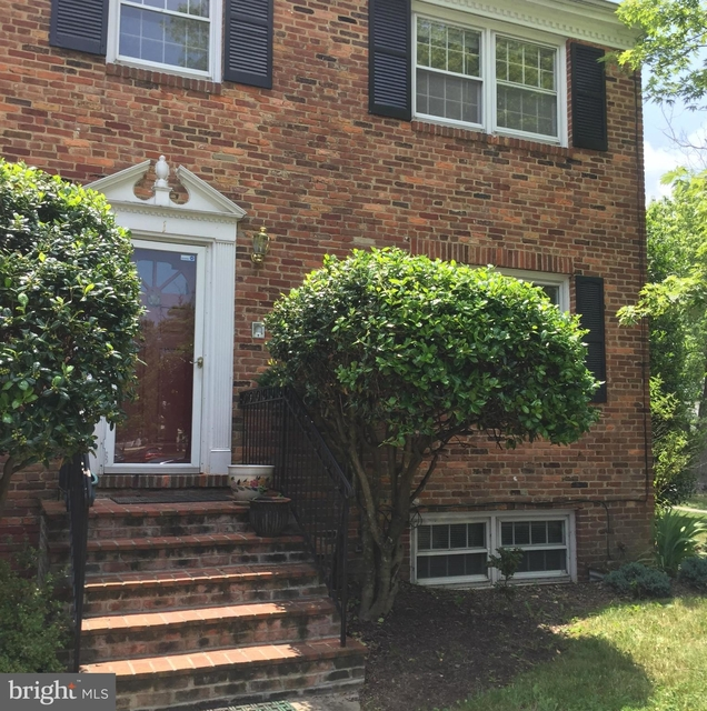 3 Bedrooms, Del Ray Rental in Washington, DC for $2,895 - Photo 1