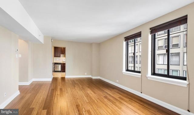 1 Bedroom, Rittenhouse Square Rental in Philadelphia, PA for $2,335 - Photo 2