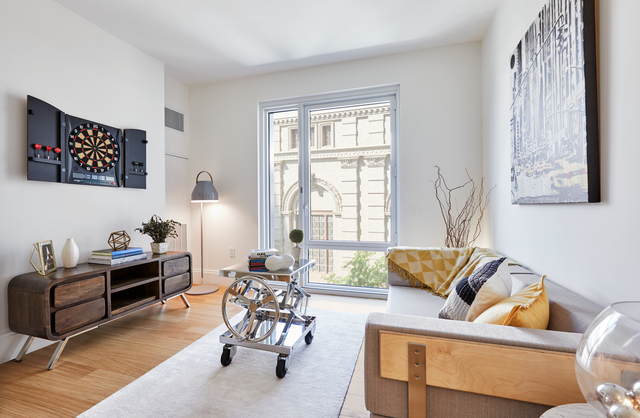 1 Bedroom, Hell's Kitchen Rental in NYC for $3,438 - Photo 2
