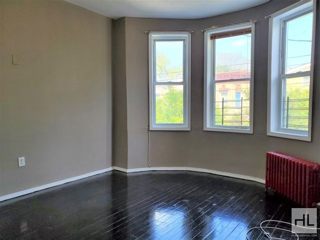 3 Bedrooms, New Lots Rental in NYC for $2,595 - Photo 1